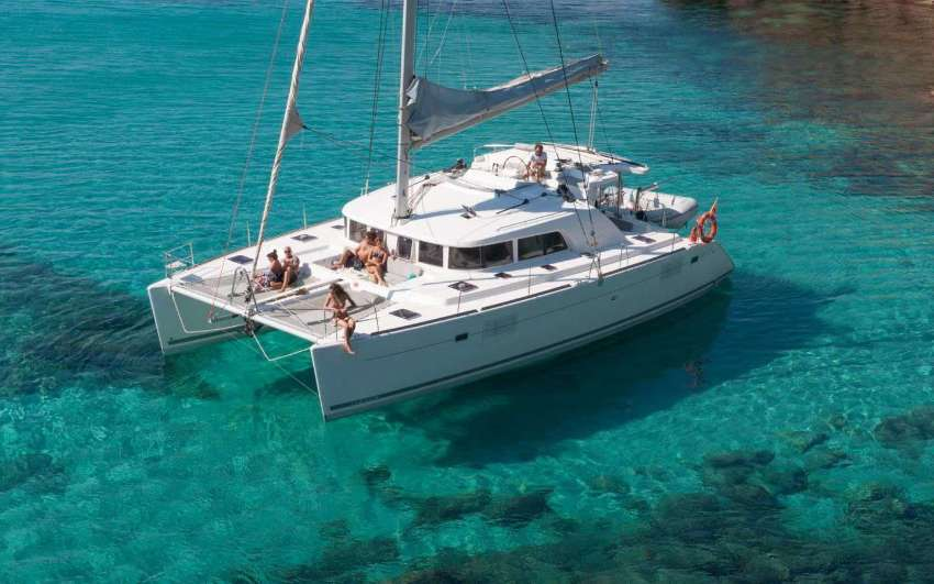Lagoon 380 (2015) For Sale