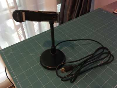 iPhone Desktop Stand