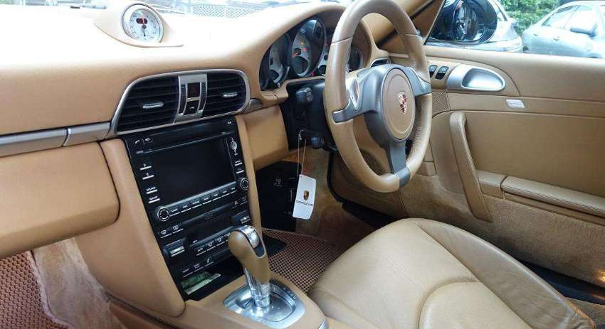 PORSCHE 911 CARRERA S (997)