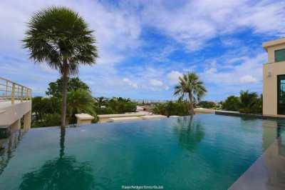 Modern Style Villa with best Views over Pattaya Bay