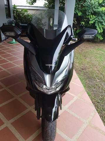 HONDA FORZA 300 cc