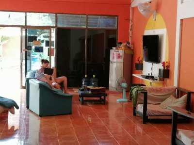 (FOR RENT) Restaurant and Hostel (FOR RENT)