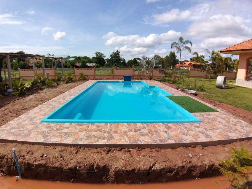 Swimming Pools / Schwimmbecken