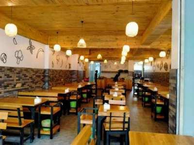 Center Pattaya Thai BBQ Restaurant 9 Room Guesthouse