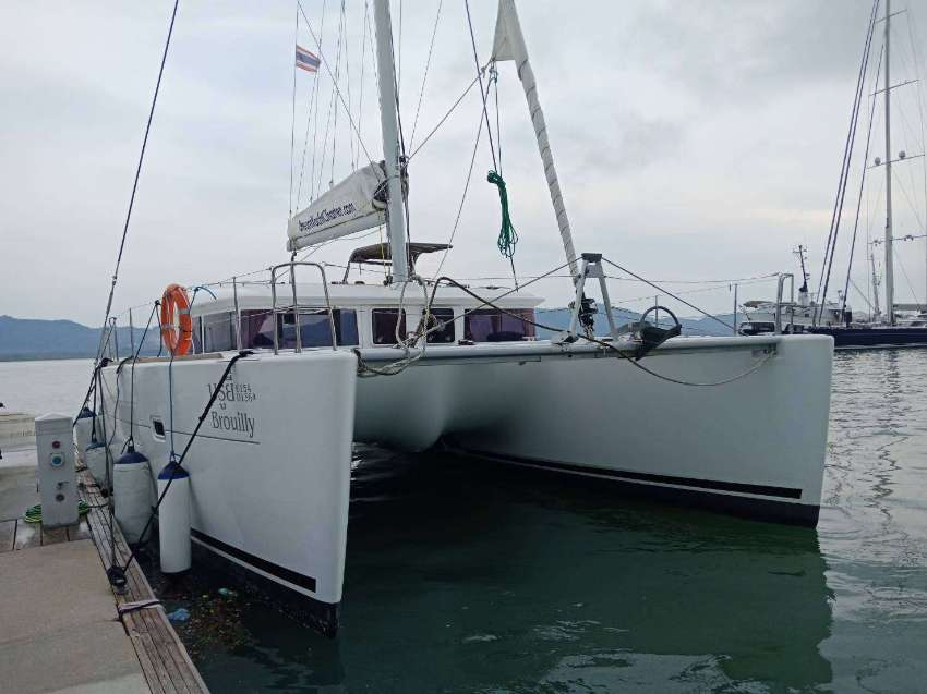 Lagoon 400 S2 for sale in Phuket