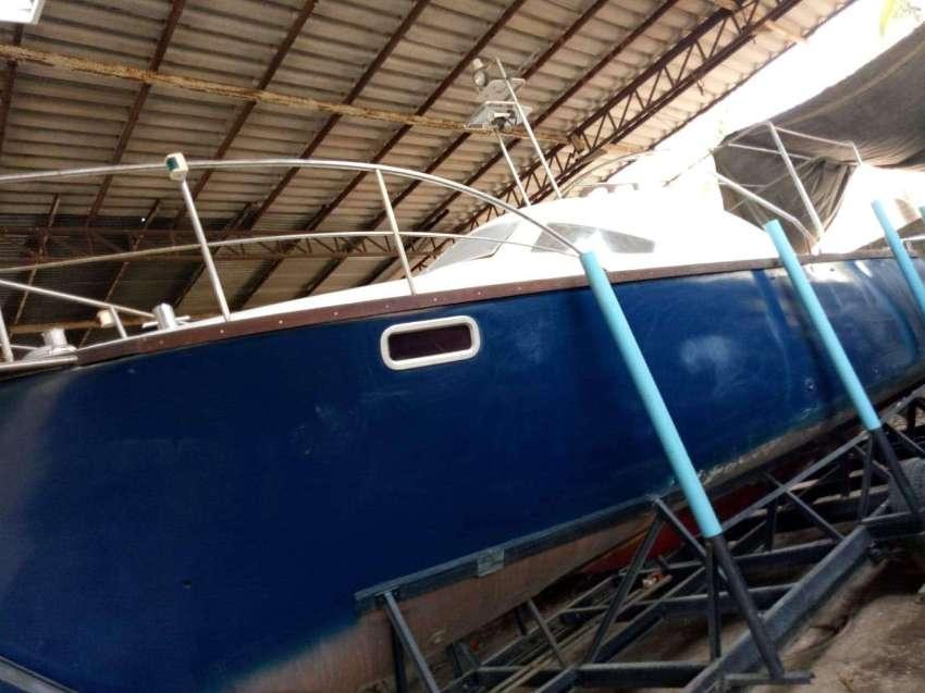 ขายเรือยนต์ สำราญ / The boat is a crusing motoryacht, good for fishing