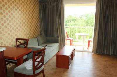 City Garden Condominium for rent at Central Pattaya. Good location.