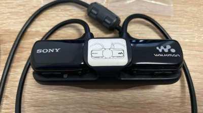 Sony Walkman for sale (1,450 bath)
