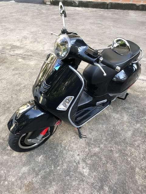 Vespa 150cc GTS 3Vie