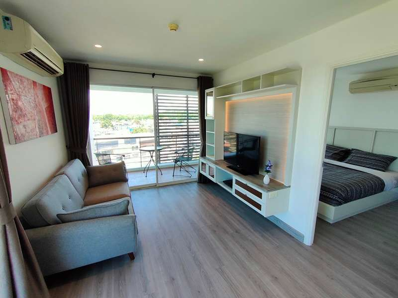 Hot! Newly Renovated Sea and Mountain View Furnished 1 BR 1 Bath