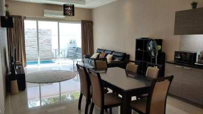 The Ville  Jomtien. House with pool