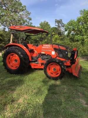 Kubota 6040SU tractor