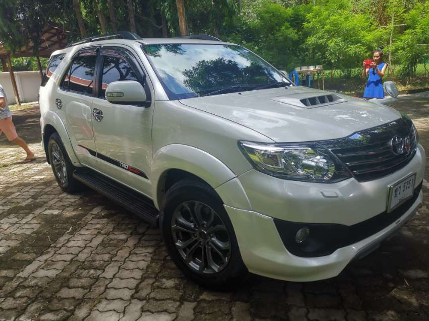 Toyota Fortuner Sportivo TRD less than 40,000 klm