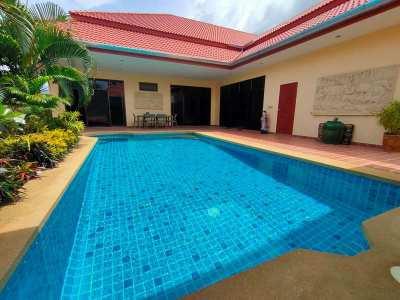 Fully Furnished 3 BR 3 Bath Pranburi Quadraplex Pool Villa