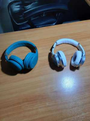 Price reduced    2 blue tooth headsets