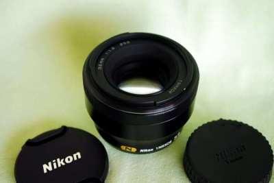 Nikon 1 NIKKOR 32mm f/1.2 (Black) (86mm) (N) Prime Lens