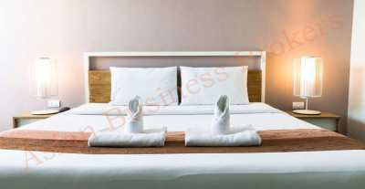 4802041 28-Room Hotel in Patong with Swimming Pool and Elevator