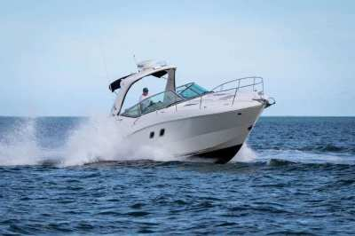 PowerBoat SeaRay Sundancer 330