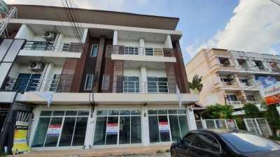 ขาย อาคารพาณิชย์ 3ชั้น 3 คูหา 20 ตารางวา ในเมือง ขอนแก่น