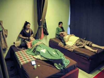Nong Khais Best Massage?FOR SALE in Assawan Hotel-Tesco Lotus Complex