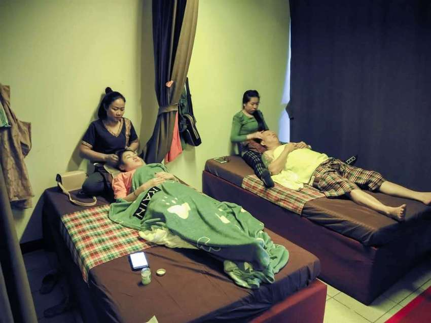Nong Khais Best Massage?FOR SALE in Assawan Hotel-Tesco Lotus Complex