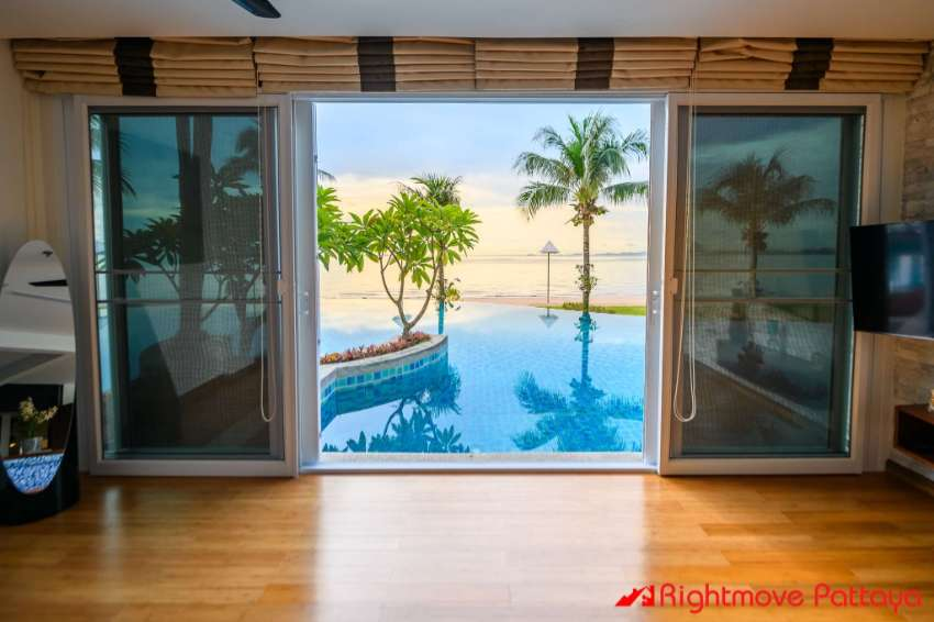 Ultimate Beachfront Condo with Direct Pool Access