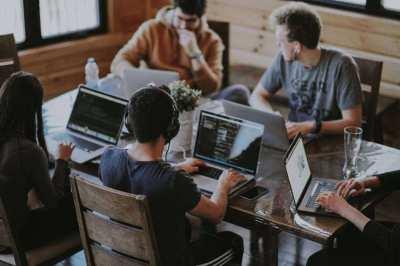 Full-Service Freelance Web Designer