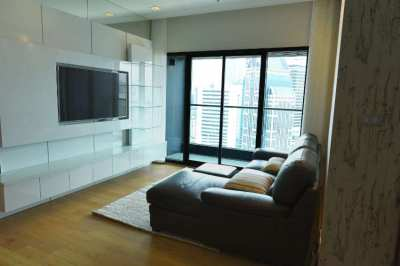 Amazing 2 bedroom corner apartment @ The Hyde Sukhumvit.