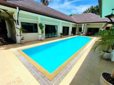 Unfurnished 4 BR 4 Bath Pool Villa Two Guesthouses Large Corner Plot
