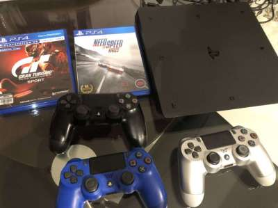 Sony PlayStation 4,  3 Controllers & 2 Games for Sale
