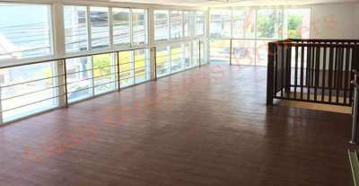 0149073 Stand Alone Building Near Nana BTS For Rent