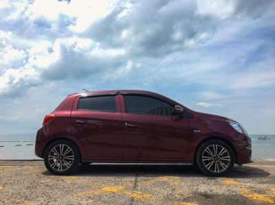 Excellent condition Mitsubishi Mirage (2016)