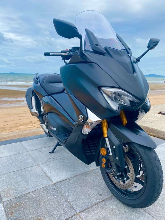 Tmax 530 SX New Condition first use 02/2020 Guarantee 18 months