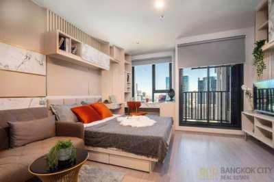 Life Ladprao Valley Ultra Luxury Condo High Floor 1 Bedroom Unit Rent