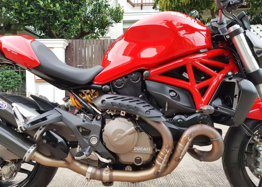 [ For Sale ] Ducati Monster 821 Performance 2015 best condition