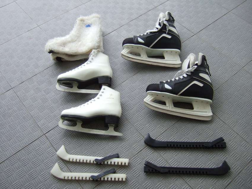 Ice skates for  she and he !