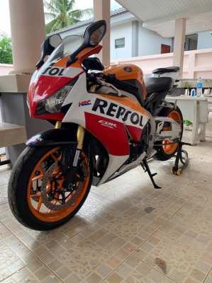 Sell CBR 1000RR. Hot bike
