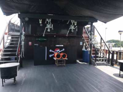 100ft pirates party boat for sale
