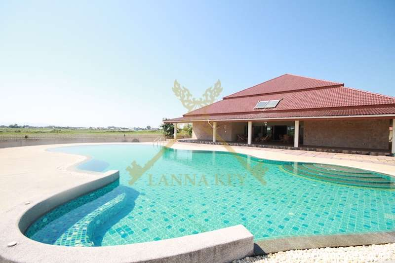 Amazing 4 Bedroom House with Pool for Sale in Chiang Rai