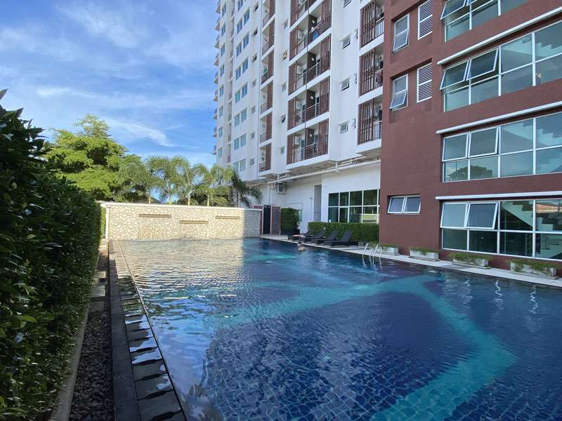 Rayong - Modern high-floor double-room studio with sea view