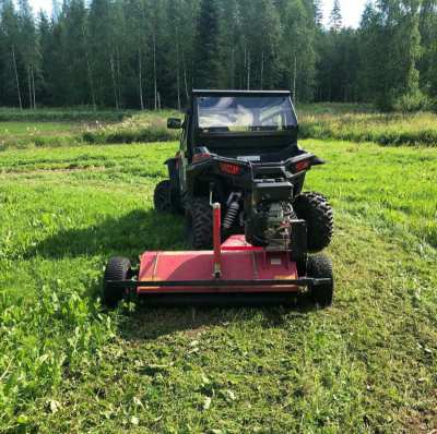 Commercial grass Mower