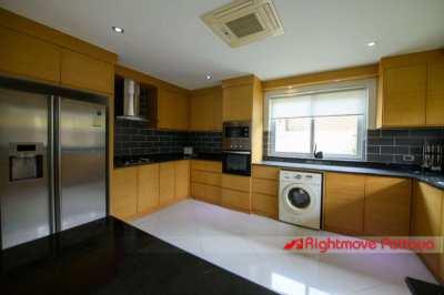 Luxury 4 Bed 5 Bath Home - Greenfield Villas 4