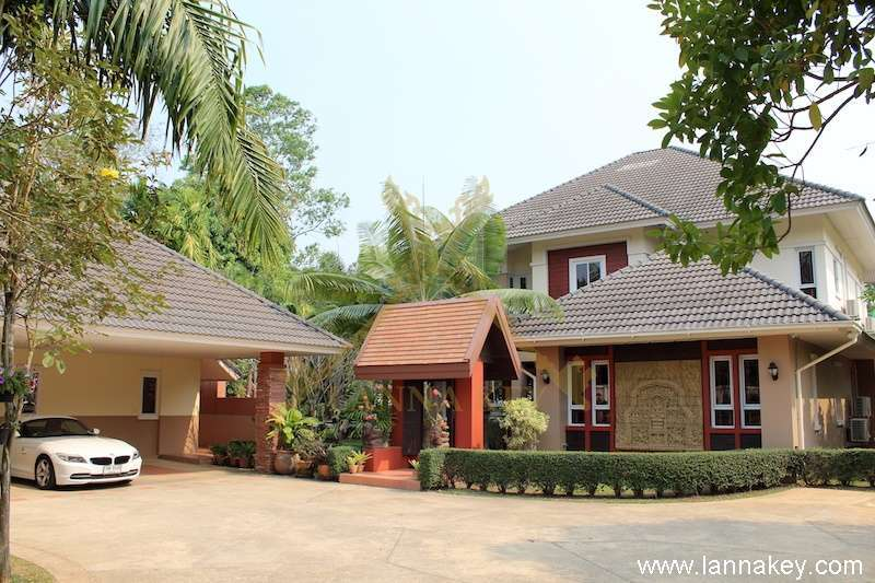 Luxurious Charming House for Sale