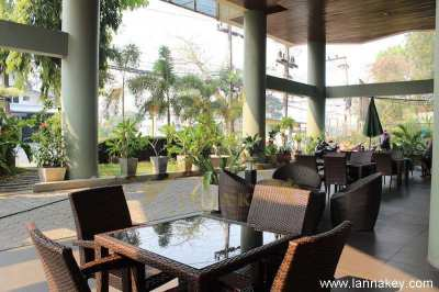 Restaurant with guaranteed clientele for sale