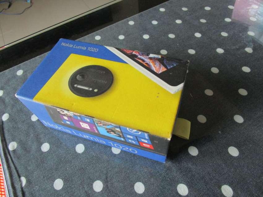 Nokia Lumia 1020 Used.