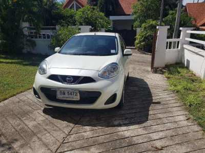 NISSAN MARCH . PEARL WHITE