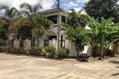 Large 4 Bedroom Family House for Rent or Sale