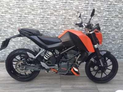 09/2017 KTM DUKE 200