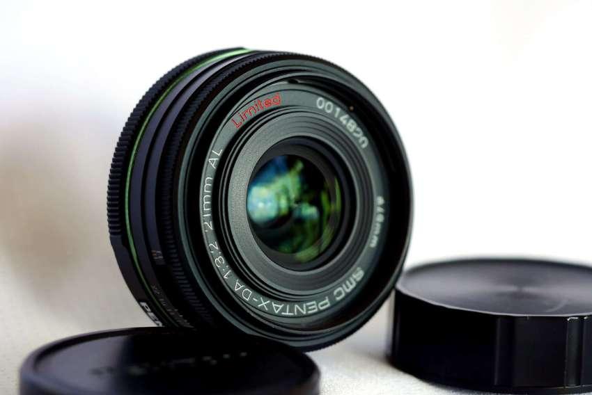 Pentax SMC Pentax-DA 21mm F/3.2 AL Limited Lens