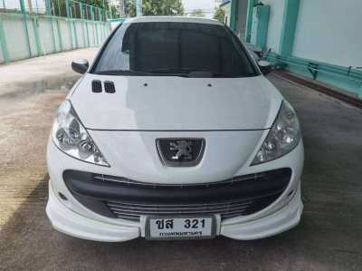 Peugeot 207+ By  owner